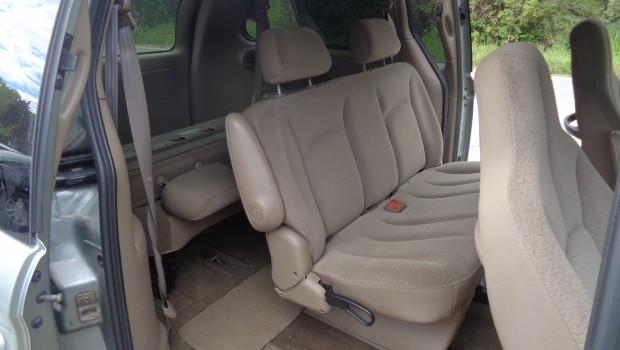 2003 Town and Country full